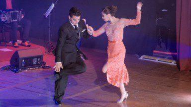 Sebastian Achaval and Roxana Suarez – Milonga del 83 by La Juan D'Arienzo